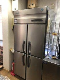 厨房機器(ホシザキの冷蔵庫や製氷機)なども買取ります