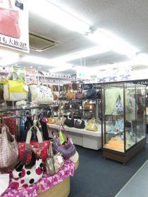 リバース尾道店も売場リニューアルしました♪ ヒロコビス 詩仙堂 スポーツウェア売場もあります!!