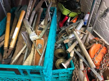 外に置きっぱなしの道具ありませんか?昔使っていた大工道具買取ります!