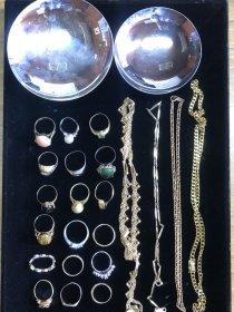 18金の指輪やネックレス 銀杯など大量に買い取れました