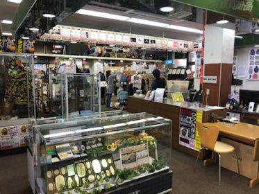 リサイクルショップ リバース三原店 売り場リニューアル致しました♪ 是非、お越しくださいませ☆ 三原市 港町 1-8-33