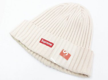 Supreme シュプリーム 17SS Overdyed Ribbed Beanie スモールボックスロゴ ビーニー ニット帽 半タグ付き買取ました☆