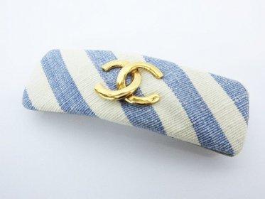 CHANELのココマーク柄バレッタ( ゴールド金具 斜め ストライプ 髪留め 青×白 ヘアアクセサリー)買い取りました!