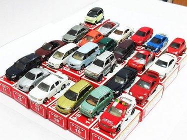 トミカ トミー 中国製 赤箱 24台 ポルシェ セルシオ セリカ RX-8 クラウン マークX フェアレディZ シーマ他 買い取りました!