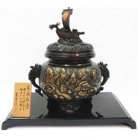 吉秀作 銅製 平成七福神 大型香炉 黄銅製 漆仕上げ 高さ約30cm 重さ4.2kg 極上細密細工 土台付き 定価68,000円